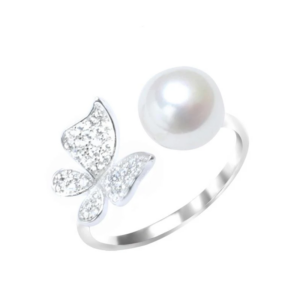 WHITE-BUTTERFLY-RING